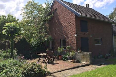 Het kleine huisje - Eys - Mökki