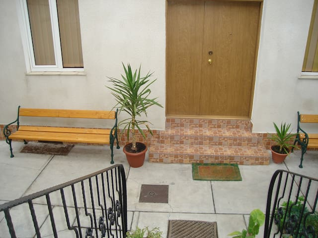 GUESTHOUSE DANIEL ACCOMMODATION - Oradea - Casa