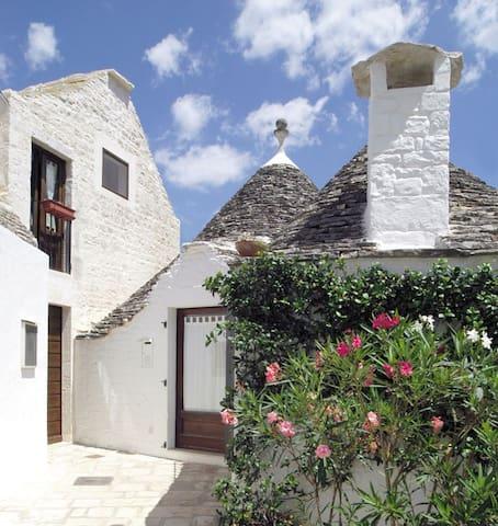Trullimania Cummersa Eleonora Alber - Alberobello - Haus
