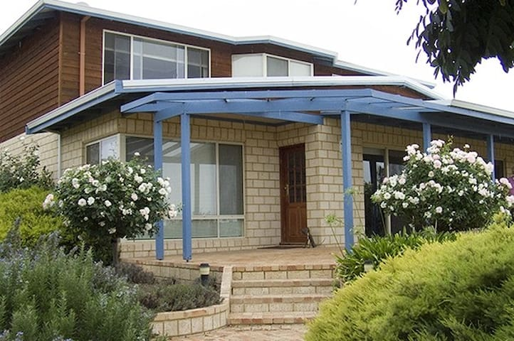 Kojonup's Premiere Bed & Breakfast!