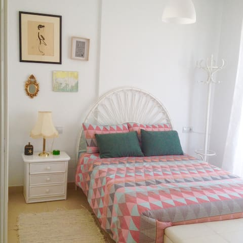Habitación doble en ático frente al mar!!! - Mojácar - Apartment