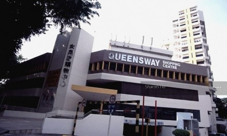STROLL TO QUEENSTOWN MRT, 2-BR @ CW TOWERS