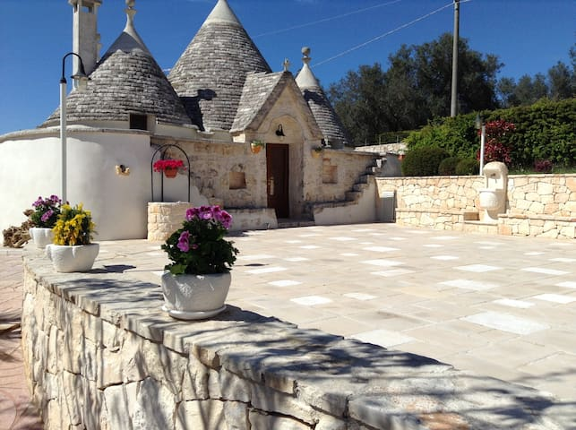 Trullo Casa Carucci with Pool