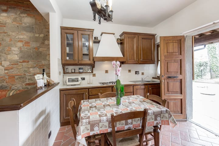 Apartment Villa Chianti Pool WiFi Air Cond. (B)