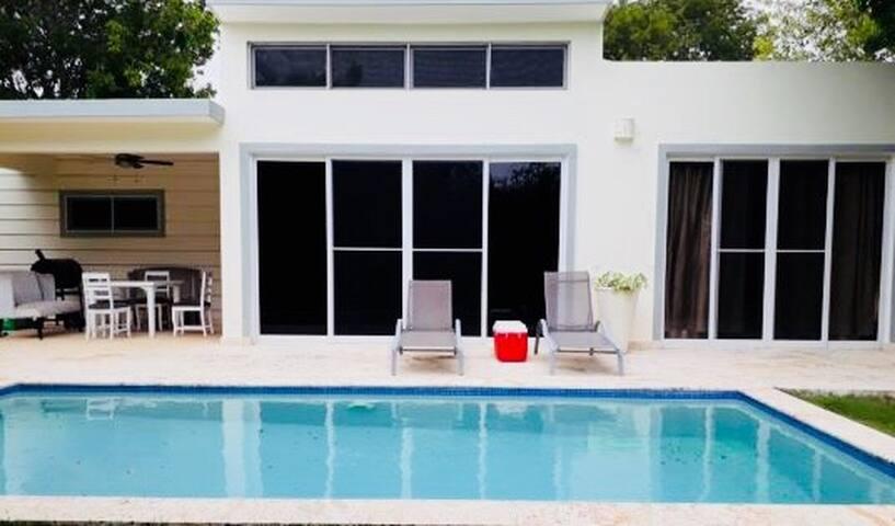 Residencial Casa Linda, Villa 765 J