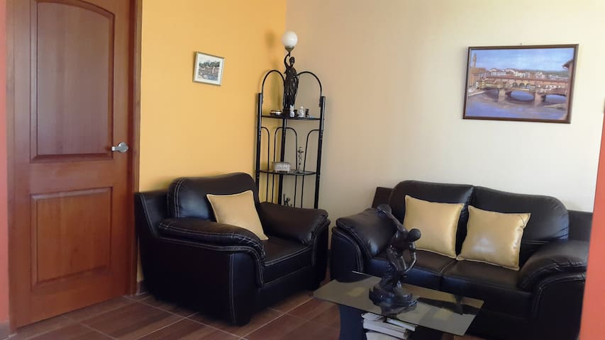 Sunny apartment with sea view - Huanchaco - Apartemen