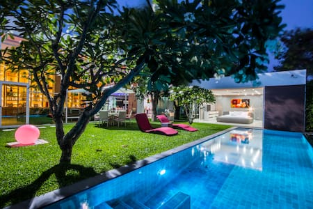 Modern  private villa with pool