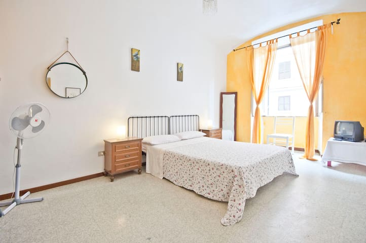 Caroline's cheap rate  near Termini - Rome - Rumah