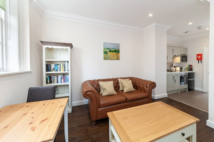 Hexham House Apartment Two