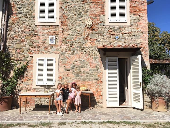 Borgo Lilia - Country House in Montecatini Terme