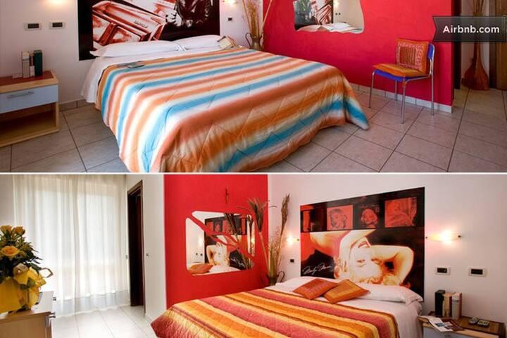 4*BEDS ROOM - B&B - VILLA CESARE - Alba Adriatica - Bed & Breakfast
