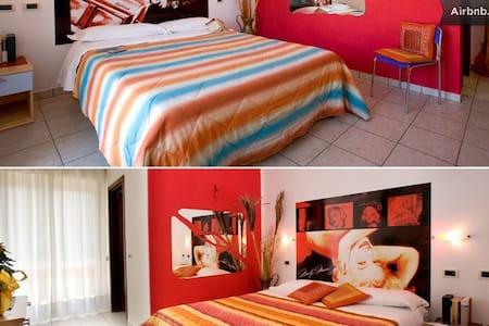 4*BEDS ROOM - B&B - VILLA CESARE - Alba Adriatica