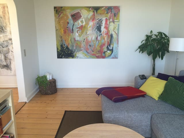 Bright 3-bedroom apartment - Odense - Departamento