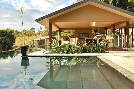 Luxury Gold Coast Hinterland Villa - Mount Nathan - Villa