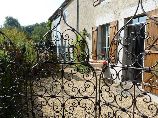 LA SCHAAFRANIERE - Saint-Aubin-le-Cloud - Bed & Breakfast