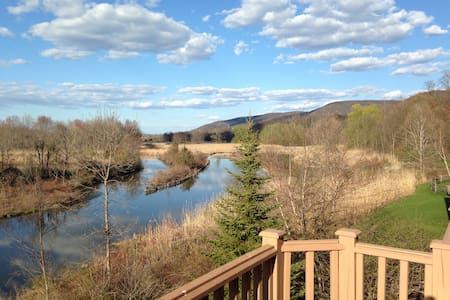 Black Creek Sanctuary Retreat - Vernon Township - Σπίτι