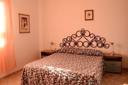 Marilena - la Caletta- alloggio in residence - La Caletta