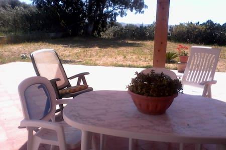 casa- vacanze immersa nel relax. - Borgo Bonsignore - Casa