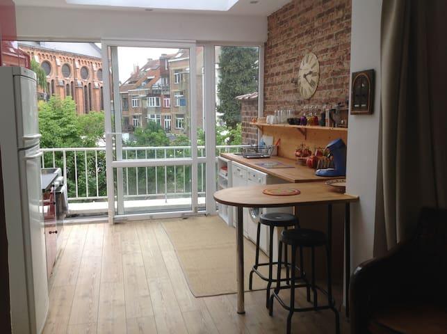 Studio quartier européen