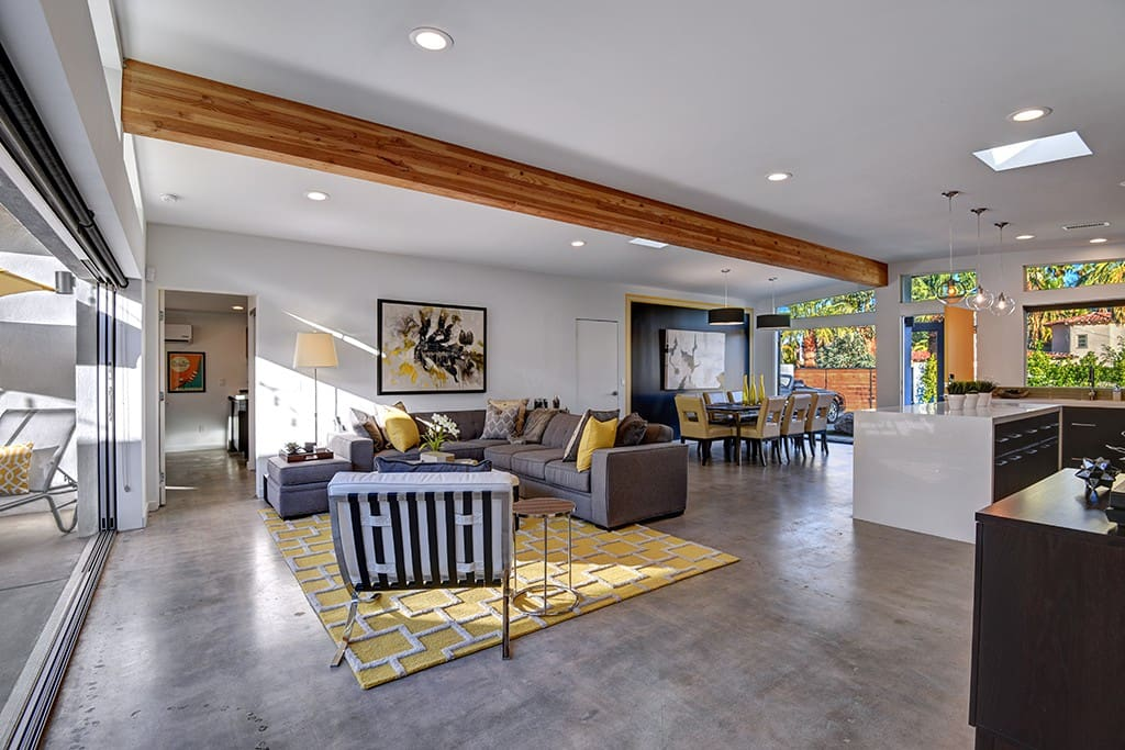 GREAT ROOM - YELLOW PALMS - PALM SPRINGS VACATION RENTAL POOL HOME