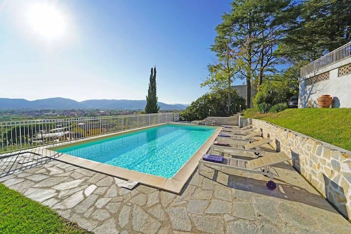 Villa Collina del Sole 12 pax, pool, near 5 Terre
