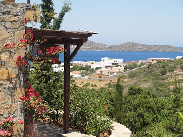 Magnificent view on the bay - Elounda - Talo