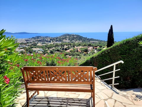 Cosy panoramic sea view with pool
