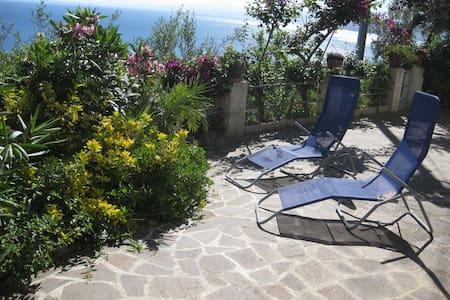 Schmucke Wohnung mit grandioser Meersicht - San Giorgio - Lägenhet
