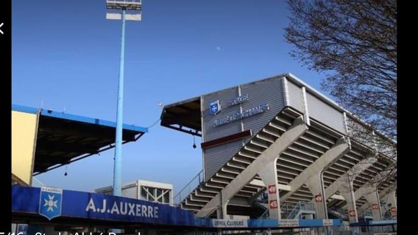 Stade de l'AJA