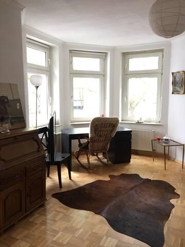 Helles Zimmer im  Kreuzviertel