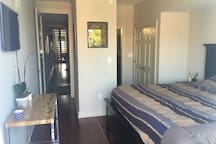 Bed & Bath with private entrance & terrace