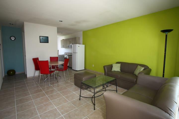 Apartamento a 3.4 kms del centro historico - Santiago de Querétaro - Kondominium