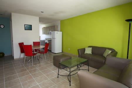Apartamento a 3.4 kms del centro historico - Santiago de Querétaro - Osakehuoneisto