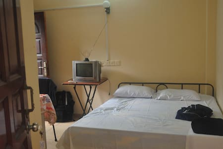 A/C Double Room - Colombo - Lakás