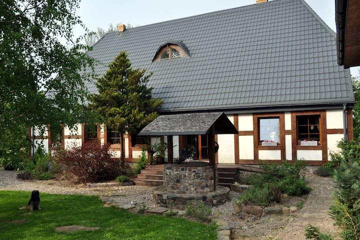 Beautiful Cottage in Dzierzecin with Parking