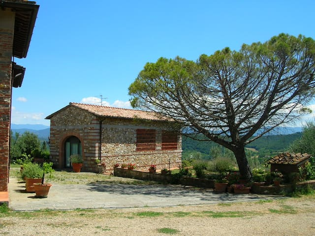 Charming apt in the Chianti shire only 15km to FI - San Casciano in Val di Pesa - Apartemen