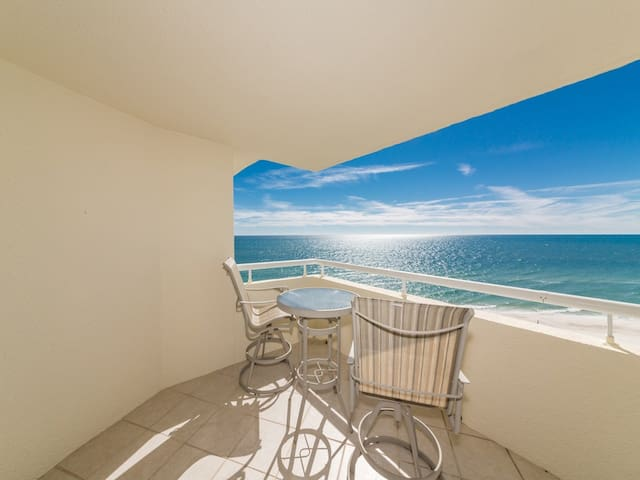 Inviting Gulf-Front Perdido Sun Condo w/ Indoor & Outdoor Pool, Hot Tub