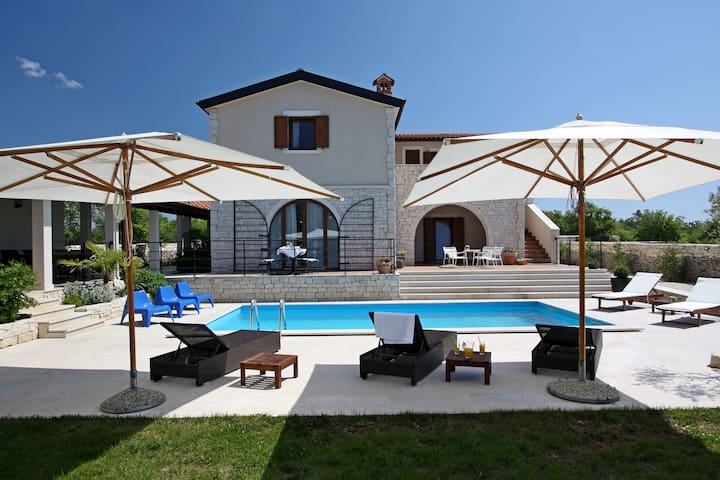 Villa Histra - relax in privacy - Čabrunići - Дом