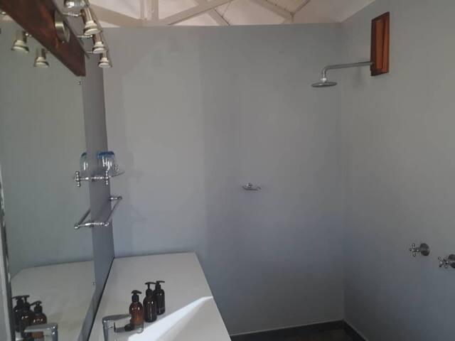 Etosha Safari Lodge Bathroom
