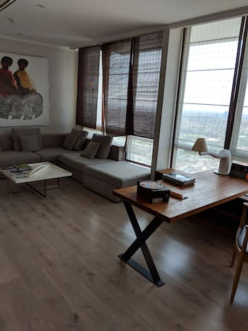 Spacious Renovated Ciputra World 2 BRs Large Aprt