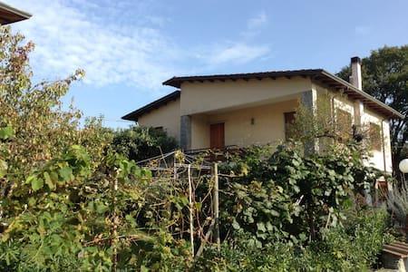 """La casa nella """" villa"""" - Montemarcello"""