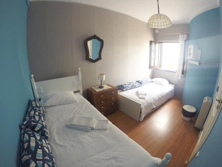Twin Room near center and beach