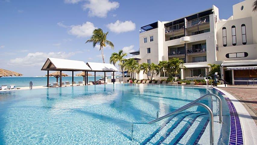 Flamingo Beach Resort- Studio - Sint Maarten - Apartment