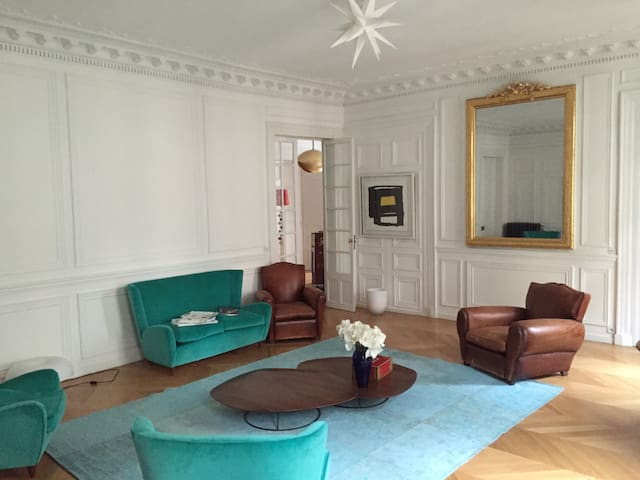 Superbe appartement ancien central - Paris - Apartemen