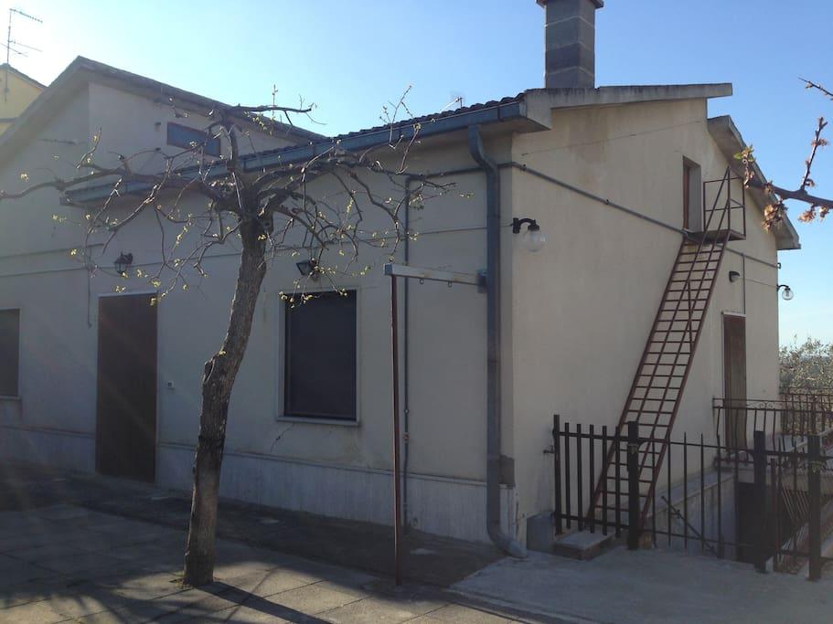 Vista della casa facciata principale