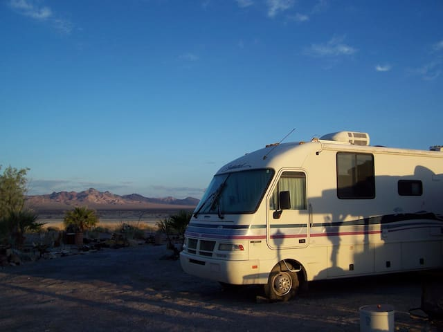 THE SECOND WIND Motorhome - Death Valley - Autocaravana