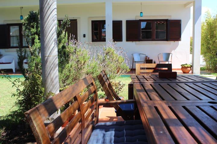Garden - Table