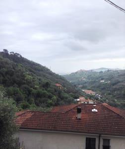 Appartamento entroterra ligure - Diano San Pietro - Hus