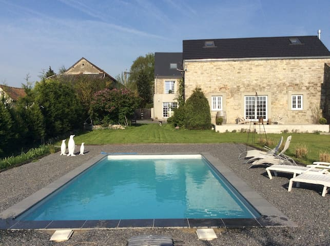 Charmant house (5 min of Namur - Namur - House