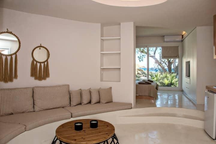 Unforgettable Tinos beach  house I